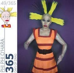 Drag queen character costumes… Cynthia from Rugrats. Chuckie Rugrats, Rugrats Costume, 90s Cartoon Costumes, Funny Costumes, Halloween Cosplay, Cosplay Costumes, Halloween Costumes, Halloween Ideas, Toddler Girls
