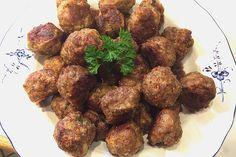 Ofen-Frikadellen Oven meatballs, a tasty recipe from the baking category. Finger Food Appetizers, Appetizers For Party, Finger Foods, Party Snacks, Yummy Snacks, Snack Recipes, Healthy Recipes, Oven Vegetables, Homemade Sauerkraut