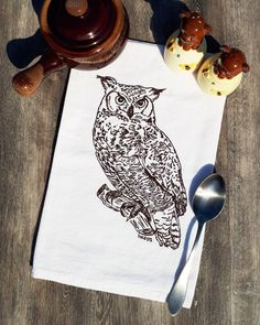 Tea Towel with a Screen Printed Chocolate Brown Owl - Flour Sack Cotton Towel - Great for Wedding Gifts - Cottage Decor - Woodland Owl Cotton Towels, Tea Towels, Buy Tea, Flour Sack Towels, Hand Illustration, Hand Designs, Thank You Gifts, Kitchen Towels, Hostess Gifts