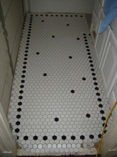 Hexagon Floor Tile | hexagon tile bathroom floor | The Queen's Babble