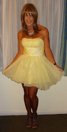 short puffy prom gown.