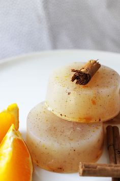 Cinnamon Orange Soap, melt pour, plus tutorial..this would be a great scent for a body oil....
