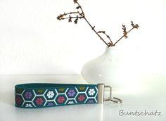 Schlüsselanhänger - Weihnachten Geschenkidee - ein Designerstück von Buntschatz bei DaWanda