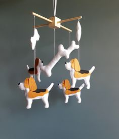 Beagle dog mobile When you purchase you can choose the color wooden mobile hanger (black,yellow,white,blue,unpainted) Size Wooden mobile hanger - inches cm) dog - 6 inches cm) big bone - 6 inches cm) bone - inches cm) Space Themed Nursery, Nursery Decor Boy, Nursery Crib, Woodland Nursery, Room Decor, Boy Mobile, Baby Crib Mobile, Baby Cribs, Zoo Toys