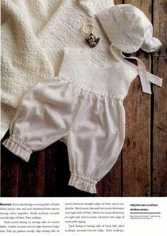 Free pattern - scroll down Baby Patterns, Doll Patterns, Sewing Patterns, Baby Outfits, Kids Outfits, Rubrics, Baby Sewing, Doll Clothes, Free Pattern