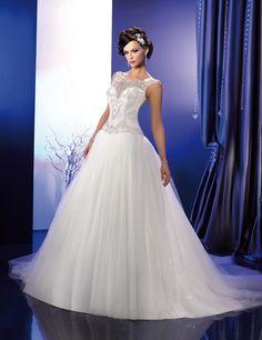 KS 166 23  (Vestido de Novia). Diseñador: Kelly Star. ...