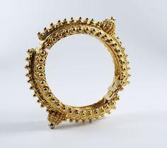 Vintage Alexis Kirk Statement Ethnic Style Etruscan Gold Tone Hinged Bracelet #AlexisKirk #Statement #Ethnic #Indian #Jewelry #Etruscan #Ottoman #Turkish #Bracelet #Turkoman
