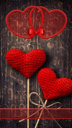 New Wallpaper Fofos Femininos Vermelho 28 Ideas - Wallpaper Quotes Heart Wallpaper, Love Wallpaper, Iphone Wallpaper, Trendy Wallpaper, Wallpaper Quotes, Red Rocking Chair, Wallpaper Fofos, Holiday Wallpaper, Heart Images