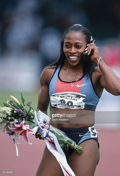 Gail Devers of the USA celebrates during the 1999 USA Track and Field Outdoor Championships at Hayward Field on the campus of the University of Oregon in Eugene, Oregon during June Get premium, high resolution news photos at Getty Images Athletic Models, Athletic Girls, Gail Devers, Flo Jo, Most Beautiful Black Women, We Are The Champions, Gym Clothes Women, Beautiful Athletes, Sporty Girls