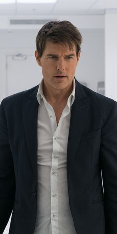 Movie/Mission: Impossible - Fallout Wallpaper ID: 776947 - Mobile Abyss Tom Cruise And Suri, Tom Cruise Hot, Tom Cruise Young, Tom Cruise Meme, Tom Cruise Quotes, Tom Cruise Haircut, Ethan Hunt, Mission Impossible Fallout, Interview With The Vampire