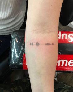 Tattoo Styles: Fine Line Tattoos