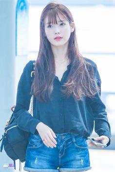 lee ji eun Iu Fashion, Korean Fashion, Airport Fashion, Korean Celebrities, Celebs, Iu Hair, Airport Style, Korean Outfits, Beautiful Asian Girls