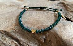 Armbänder - Perlen Armband petrol mit Herz Engelsflügel gold - ein Designerstück von saniLou bei DaWanda