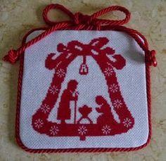Passione uncinetto: IDEE PER IL NATALE: Campanella natalizia
