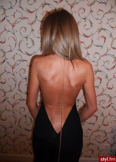 dress black backless dress thin chains gold chain Source by franz_jaeger Dresses Low Back Dresses, Mini Club Dresses, Pretty Dresses, Sexy Dresses, Beautiful Dresses, Sexy Backless Dress, Buy Dress, Dress Me Up, Romper Dress