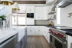 transitional-style-home-patterson-custom-homes-14-1-kindesign