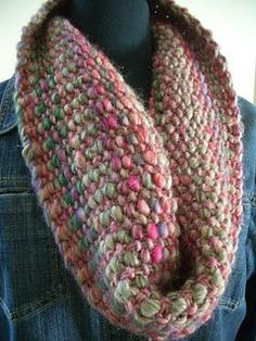 Quick Slip Cowl pattern by Andra Asars Reversible cowl knit in linen stitch in the round Free dl Easy Knitting, Loom Knitting, Knitting Patterns Free, Knit Patterns, Free Pattern, Finger Knitting, Knit Or Crochet, Crochet Scarves, Knitted Cowls