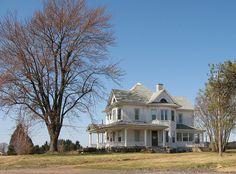 Victorian farmhouse near Leamington ON by lepacoco, via Flickr