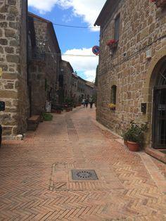 Sovrana, (Gr) , Italy