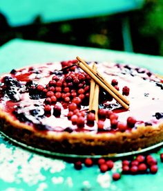 Sweden Calling, Lingonberry Cheesecake Recipe from Traditional Swedish Cooking - Serge the Concierge lingonberrycheesecake Cheesecake Recipes, Dessert Recipes, Desserts, Swedish Cuisine, Norwegian Food, Scandinavian Food, Berry Cake, Swedish Recipes, Gourmet
