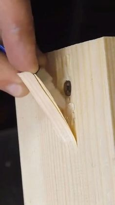 Woodworking Ideas Table, Woodworking Techniques, Woodworking Projects Diy, Woodworking Shop, Woodworking Plans, Diy Furniture Plans Wood Projects, Diy Wood Projects, Diy Furniture Videos, Timber Furniture