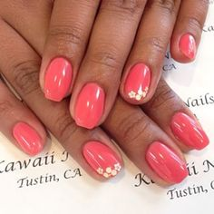 Pretty nails, coral with golden flowers