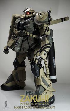GUNDAM GUY: PG 1/60 MS-06F Zaku II - Customized Build