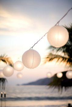 Lampions sur la plage