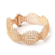 """A beautifully made wavy wire crocheted cuff bracelet, the bracelet is made in a rare technique I call ISK, it is perfect for making accurate wire crochet designs. This narrow gold filled bracelet will add grace and delicateness to the wrist. Dimensions : 0.8""""(2cm) wide Material : choose your preference , it can be either gold plated or gold filled The bracelet will be packed in a gift box ready to be given as a gift. ~~~~~~~~~~~~~~ Want to LEARN how to make Yoola jewelry yourself ? Follow the li Crochet Designs, Crochet Patterns, I Love Diy, Spool Knitting, Wire Crochet, Romantic Roses, Gold Filled Jewelry, Jewelry Making, Diy Jewelry"""