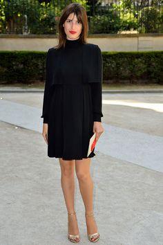 Jeanne Damas en robe  Valentino au défilé Valentino homme printemps-été 2016 street look street style parisienne