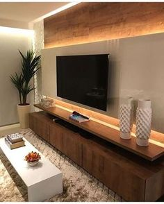 home sala 115 Salas de TV Decoradas com - Tv Wall Design, House Design, Living Room Tv Unit Designs, Tv Unit For Bedroom, Bedroom Tv, Bedroom Ideas, Tv Wall Decor, Wall Tv, Wall Wood