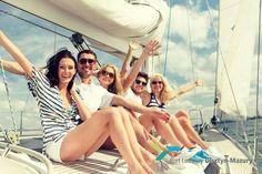 Wszystkim uczniom, studentom i nauczycielom życzymy udanych wakacji. A osobom szukającym ciekawego pomysłu na spędzenie wolnego czasu proponujemy przylot na słoneczne i zielone Mazury! Bilety dostępne na stronie www.mazuryairport.pl