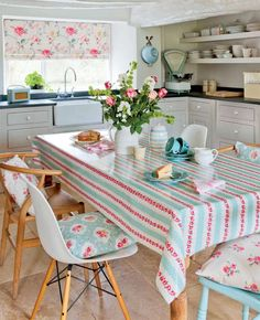 Vintage style kitchens | Period Living