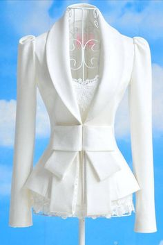 Elegant and Slim Bowknot Fabric Coat   dresslily.com