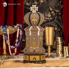 Chess King Box SVG