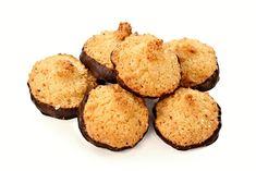 25 nejlepších receptů na pečené vánoční cukroví   ReceptyOnLine.cz - kuchařka, recepty a inspirace Mini Muffin Pan, Muffin Cups, Mini Muffins, Cupping Set, Easy Desserts, Cornbread, Dog Food Recipes, Biscuits, Cookies