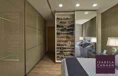 #interiores #ambientes #interiordesign #decoração #homestyle #arquitetura #decor #decoration #interiors #lifestyle #bedroom #adornos #cores #quarto #casal #iluminação