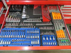 Less than a year ago, Mark Oliphant decided that he wanted to have the toolbox of his dreams assembled.