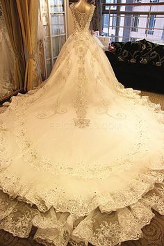Gorgeous Ball Gown V-Neck Beading Appliques Cathedral Wedding Dress Wedding Dresses 2014- ericdress.com 10940998
