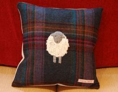 applique black faced sheep on tweed