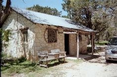 60 best stone cabins images cottage garden tool storage rustic homes rh pinterest com