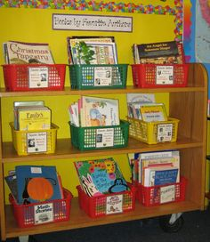 book organization for the library at school Reading Corner Classroom, Classroom Setting, Classroom Setup, Classroom Design, Preschool Classroom, In Kindergarten, Library Organization, Classroom Organisation, Library Themes