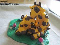 Giraffes Polymer Clay by ReneeRoughCreations https://www.etsy.com/shop/ReneeRoughCreations