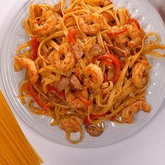 Cajun Shrimp Pasta with Sausage Creamy Cajun Shrimp Pasta with Sausage is easy to make weeknight one pot pasta dish!Creamy Cajun Shrimp Pasta with Sausage is easy to make weeknight one pot pasta dish! Shrimp And Sausage Pasta, Creamy Shrimp Pasta, Cajun Shrimp Pasta, Bacon Pasta, Shrimp Pasta Recipes, Cajun Recipes, Chicken Pasta, Seafood Recipes, Cooking Recipes
