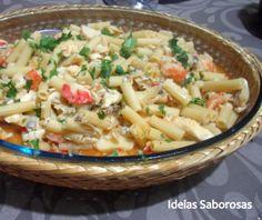Massada de Peixe e Mariscos Pasta Salad, Ethnic Recipes, Food, Pisces, Dishes, People, Ethnic Food, Seafood, Meal