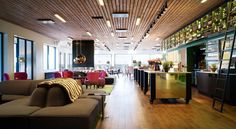 Sigtunahöjden Hotell & Konferens Sigtuna This hotel lies by Lake Mälaren, 3 km from central Sigtuna. It offers WiFi access and private parking, as well as 3 hot tubs with lake views and a spa and wellness area. Stockholm Arlanda Airport is a 15-minute drive away.