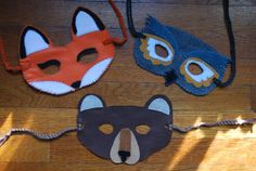 DIY Halloween Felt Animal Masks http://atticclothes.wordpress.com/2011/10/11/diy-halloween-felt-animal-masks-quick-easy-and-cheap/