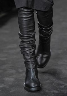 Bree relates to Ann Demeulemeester boots. Dark Fashion, Fashion Shoes, Fashion Accessories, Fashion News, Fashion Trends, Shoe Boots, Shoe Bag, Men's Boots, High Boots