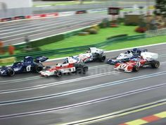 Slot car Polistil Ferrari 312 B2, Matra MS120, Tyrrell 006, McLaren M23, Tyrrell P34/2 6