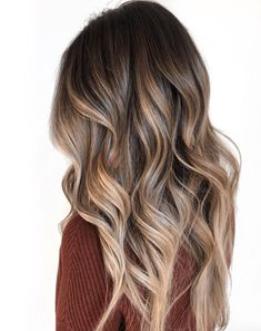 Hot Shot Warm Balayage Finalists 2019 - Behindthechair.com Blonde Balayage Highlights, Balayage Straight Hair, Balayage Hair Caramel, Brown Hair Balayage, Brown Blonde Hair, Brown Hair With Highlights, Balayage Brunette, Hair Color Balayage, Color Highlights